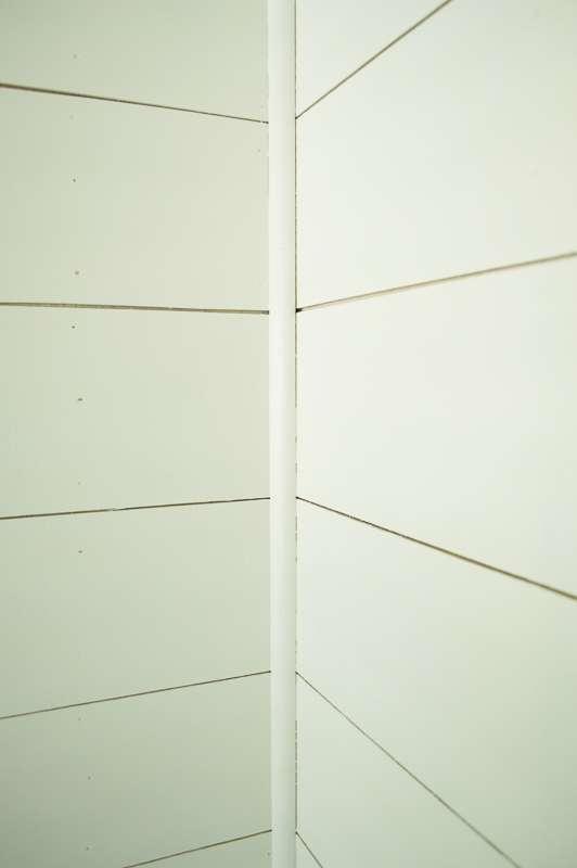 shiplap wall inner corner trim