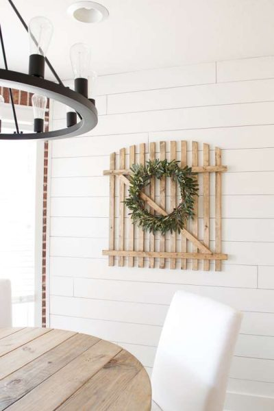 farmhouse gate wall decor / diy farmhouse wall decor
