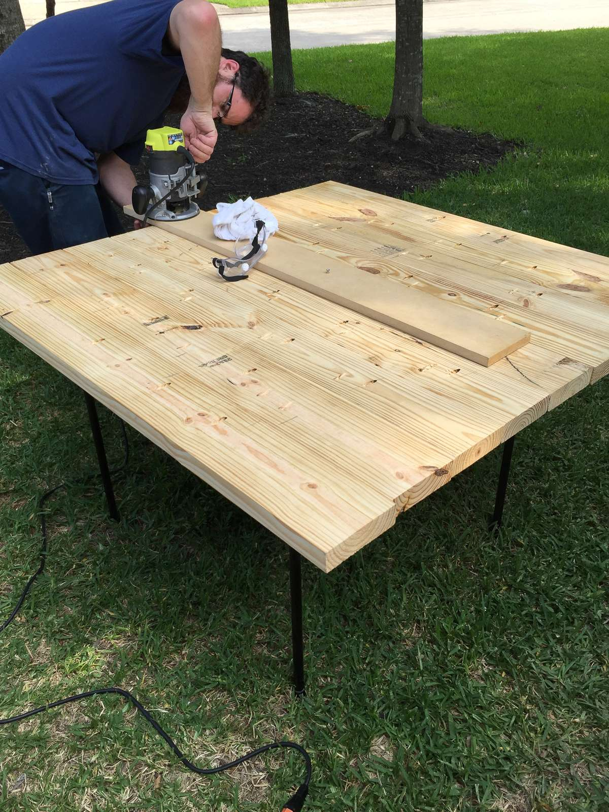 round table top wit circle jig