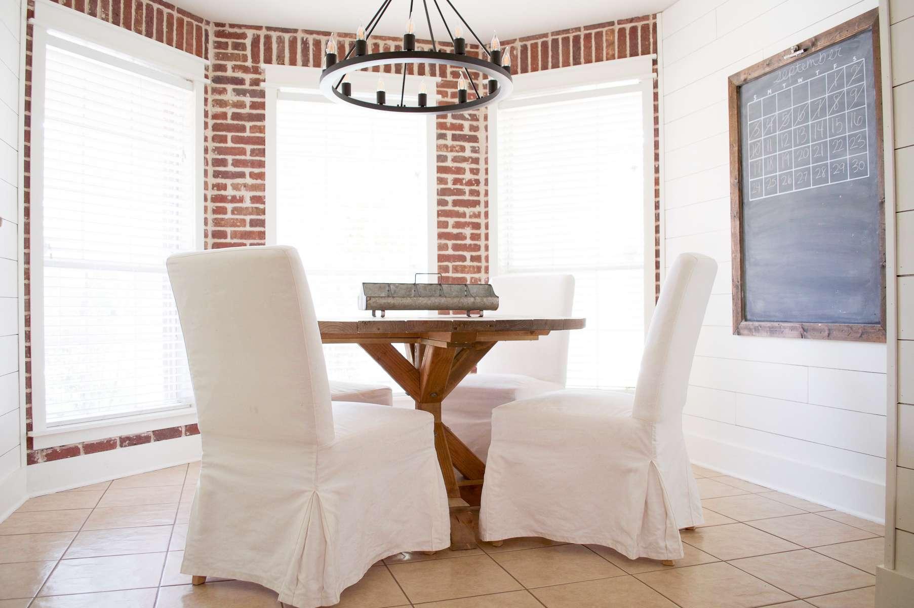 Round Farmhouse Dining Table
