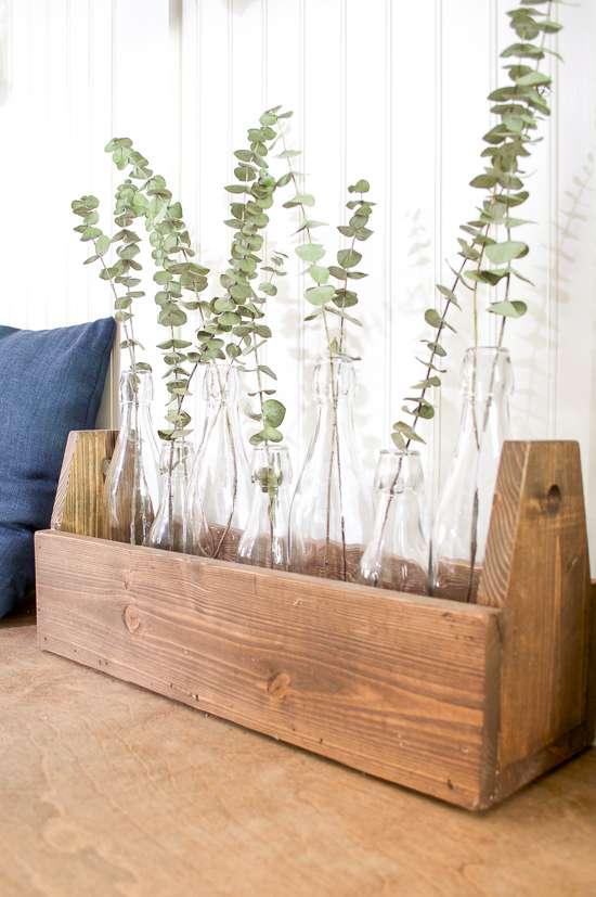 diy planter projects / carpenter's toolbox planter