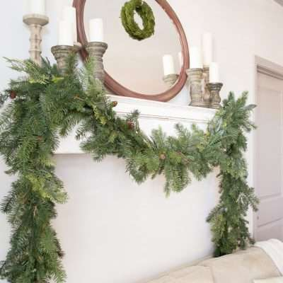 Simple Farmhouse Style Holiday Mantel