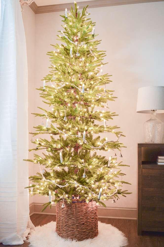 Scandinavian Inspired Christmas Tree