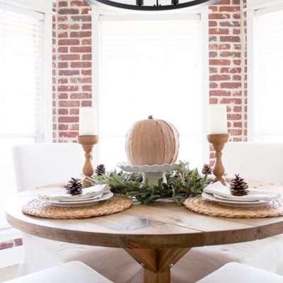 Simple Farmhouse Thanksgiving Tablescape