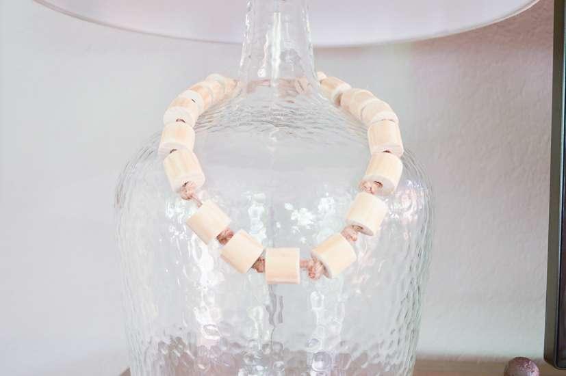 diy wood bead garland / wood bead garland decor
