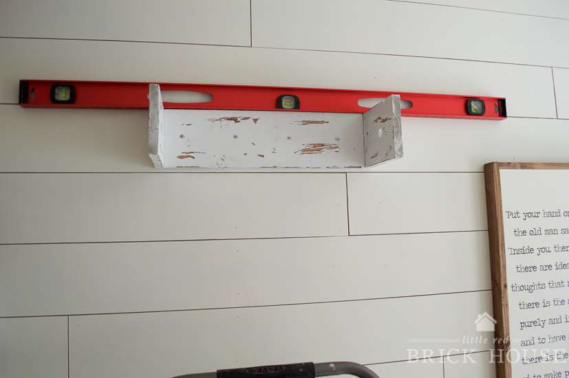 diy kraft paper roller / wall mounted kraft paper roll