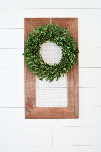reclaimed wood display frame / chicken wire display frame